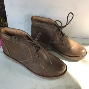 Clark's Artisan Unstructured Ankle Boots Size 8
